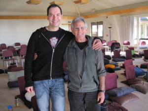 Mindfulnesslærere Kenan og Jon Kabat-Zinn